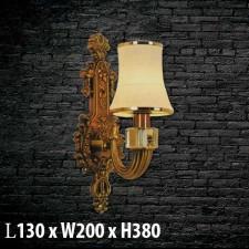 Đèn treo tường bằng đồng  V-557